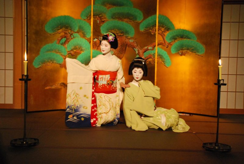 Maiko Dinner at Gion Hatanaka 4, Japan Tours, RediscoverTours.com