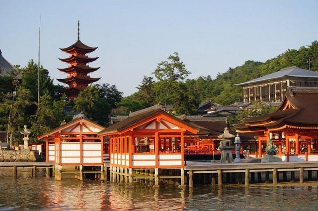 Miyajima, Japan Tours, RediscoverTours.com
